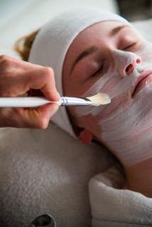 Soins pour visage vers Briançon-Institur Izoard
